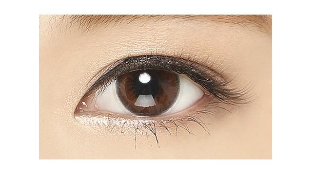 ミッシュブルーミン イノセントシリーズ セピアリッチの装着画像・レンズ画像・パッケージ箱画像レポ