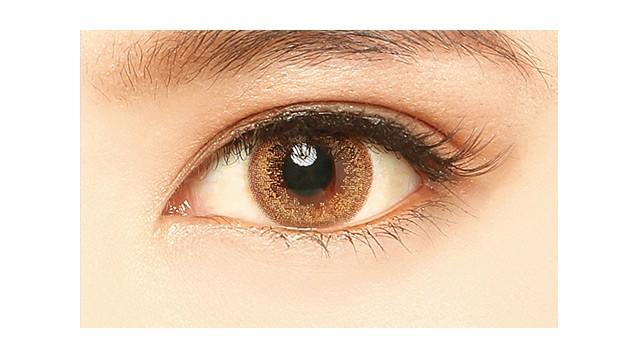 ミッシュブルーミン イノセントシリーズ ヴァージンハニーの装着画像・レンズ画像・パッケージ箱画像レポ