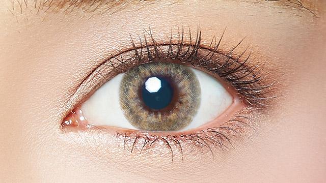 エバーカラーワンデールクアージュ アクアベージュの装着画像・レンズ画像・パッケージ箱画像レポ