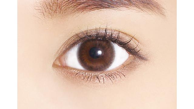 レヴィア ワンデー カラー シアーセーブルの装着画像・レンズ画像・パッケージ箱画像レポ